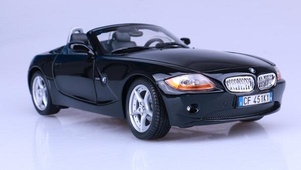 โมเดลรถ โมเดลรถเหล็ก โมเดลรถยนต์ BMW Z4 2