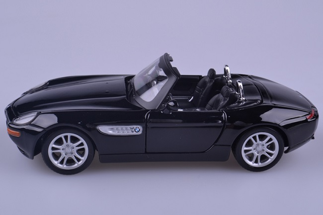 โมเดลรถ โมเดลรถเหล็ก โมเดลรถยนต์ BMW Z8 black 3