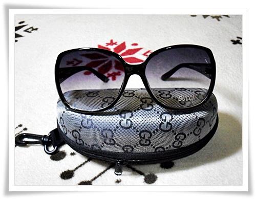 แว่นตากันแดด Gucci กรอบน้ำตาลเข้ม B102