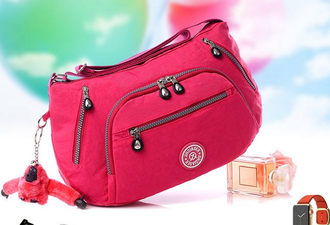 กระเป๋าสะพายข้างผู้หญิง ขนาดกลาง ใส่ของได้เยอะ กระเป๋าสะพายผ้าไนลอน กันน้ำได้ สีสันสดใส กระเป๋าสะพายวัยรุ่น แบบสปอร์ต สวย ๆ 920499