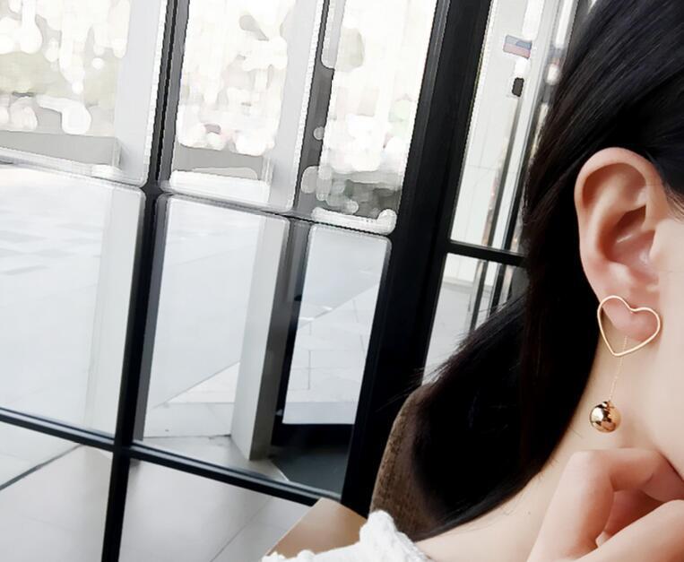 ต่างหู,ตุ้มหูแฟชั่นสไตล์เกาหลีรูปหัวใจแต่งลูกปัดสีทอง