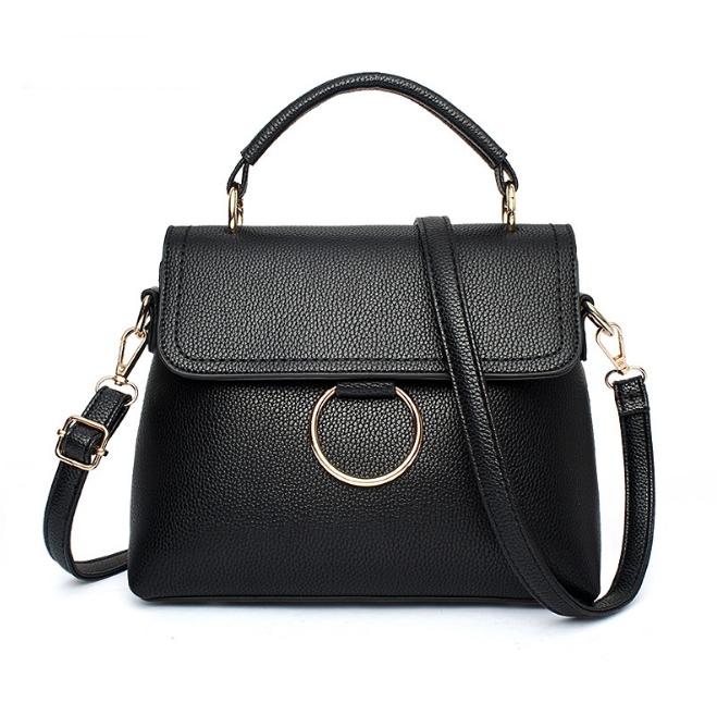 [ พร้อมส่ง ] - กระเป๋าแฟชั่น ถือ/สะพาย สีดำสุดหรู ทรงตั้งได้ ใบกลาง ดีไซน์สวยเรียบหรู ดูดี งานหนังคุณภาพ เหมาะทุกโอกาสการใช้งาน