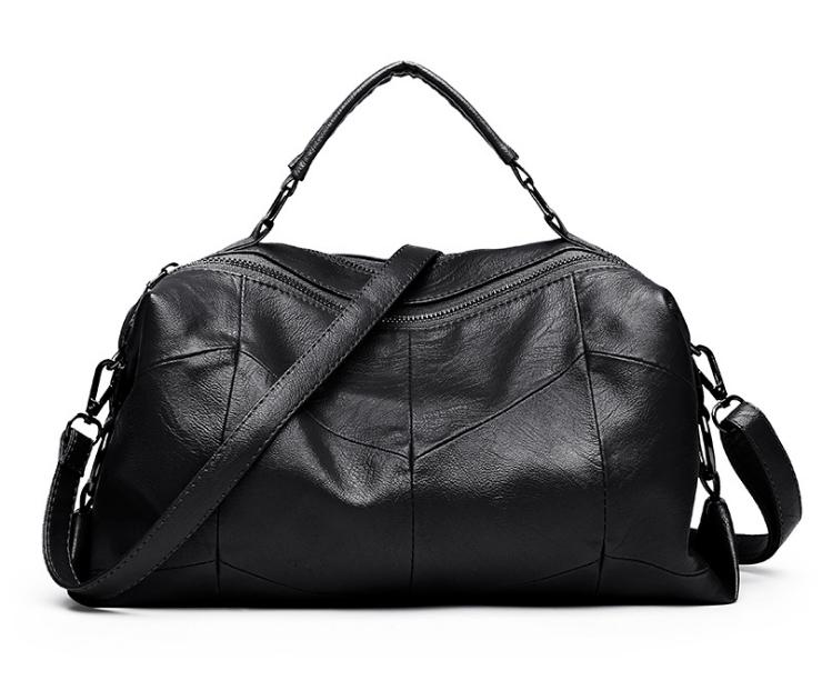 [ พร้อมส่ง Hi-End ] - กระเป๋าถือ/สะพาย สีดำคลาสสิค ทรงหมอนซิปคู่ ดีไซน์สวยเก๋เท่ๆ ดูดี งานหนังคุณภาพไม่เหมือนใคร