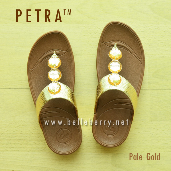**พร้อมส่ง** New 2015 !! PETRA : Pale Gold : Size US 6 / EU 37