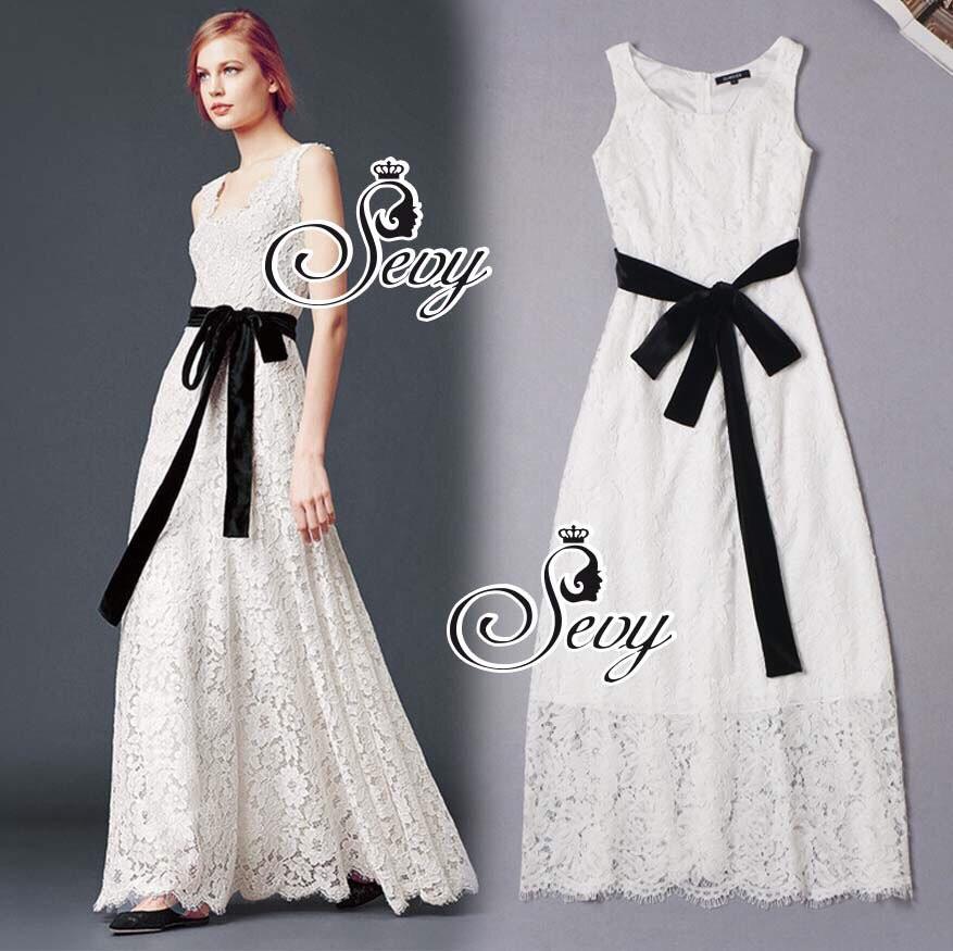 (ส่งฟรี EMS) Sevy Solid Off White Lace Maxi Dress With Velvet Ribbon
