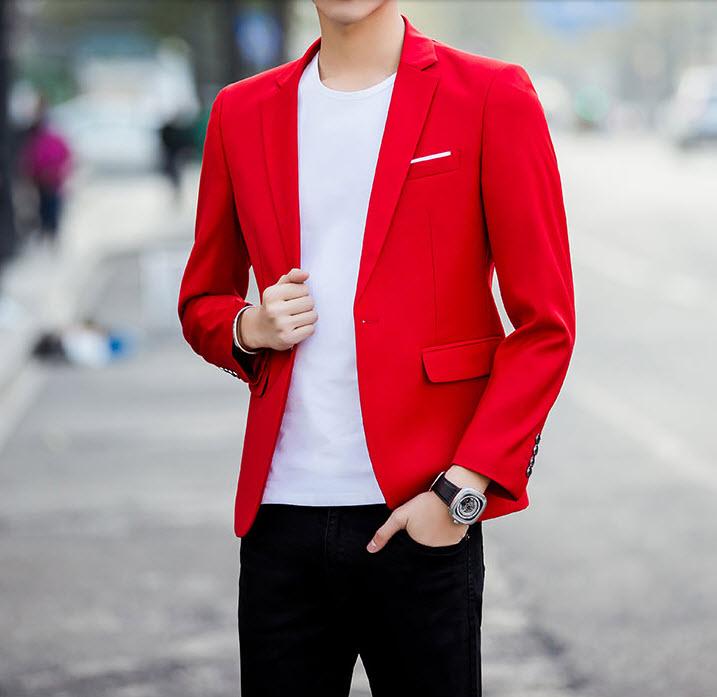 พร้อมส่ง เสื้อสูทผู้ชาย สีแดง แขนยาว กระดุมหน้าหนึ่งเม็ด แต่งขอบกระเป๋าอกสีขาว เสื้อเข้ารูป สูทแฟชั่นผู้ชาย