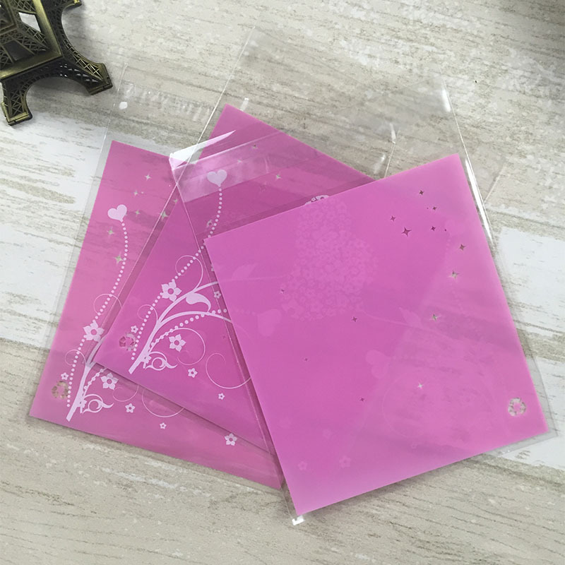 ถุงเบเกอรี่ ถุงขนม แบบมีเทปกาว สีม่วง 100 ใบ/ห่อ (10*10+3 cm.)
