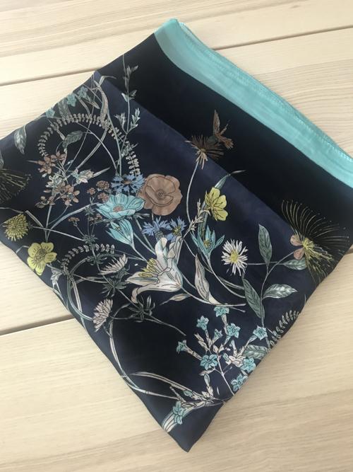ผ้าพันคอ ผ้าคลุม ไหมญี่ปุ่น สกรีนลาย SJ01-005