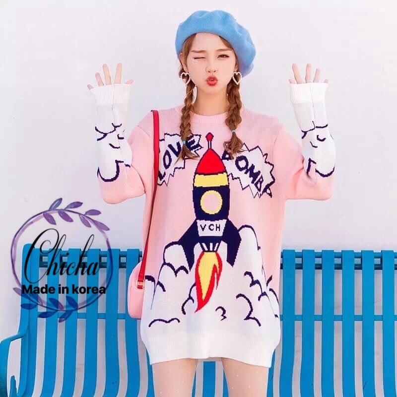 เสื้อผ้าเกาหลีพร้อมส่งSweater ตัวยาว ผ้าไหมพรมทอลายแน่นๆ