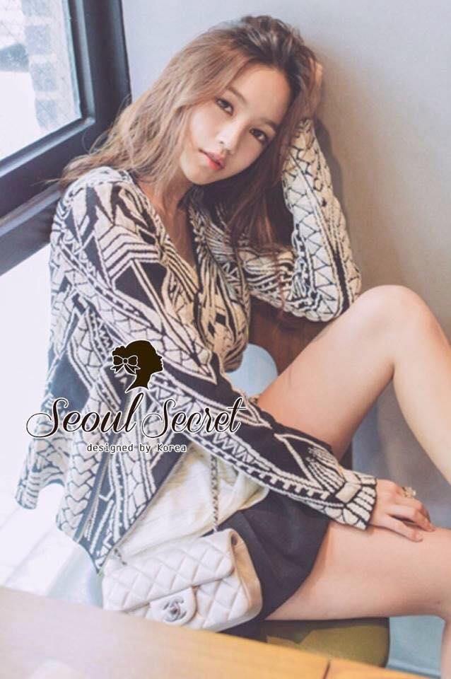 เสื้อผ้าเกาหลี พร้อมส่ง Jacket เนื้อผ้า Knit เนื้อผ้ายืดหยุ่นเนื้อสวยมากคะ