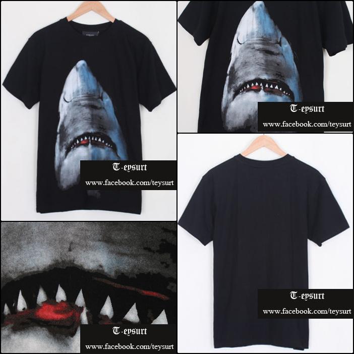 เสื้อยืดGivenchy Shark Print