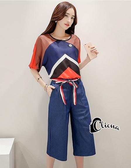 เสื้อผ้าเกาหลี พร้อมส่งChocolate Blue Top + Pant Set