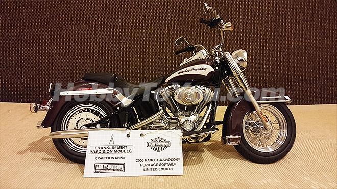 โมเดล Harley-Davidson Heritage Softail Classic - Limited Edition 2006 สเกล 1:10 by Franklin Mint