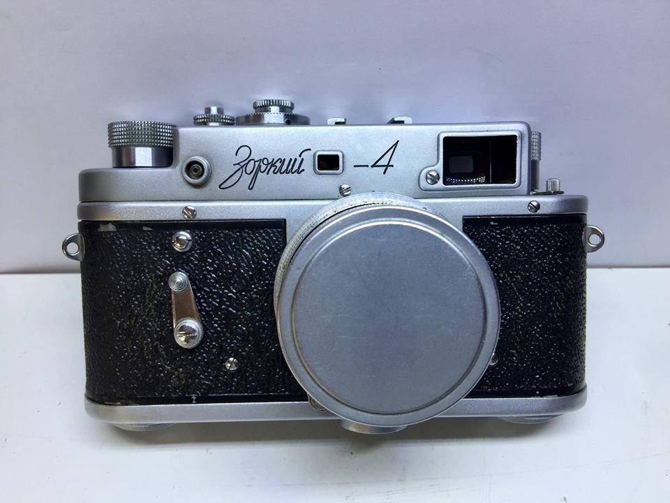 ZORKI-4 JUPETER-8 50MM.F2 RED P