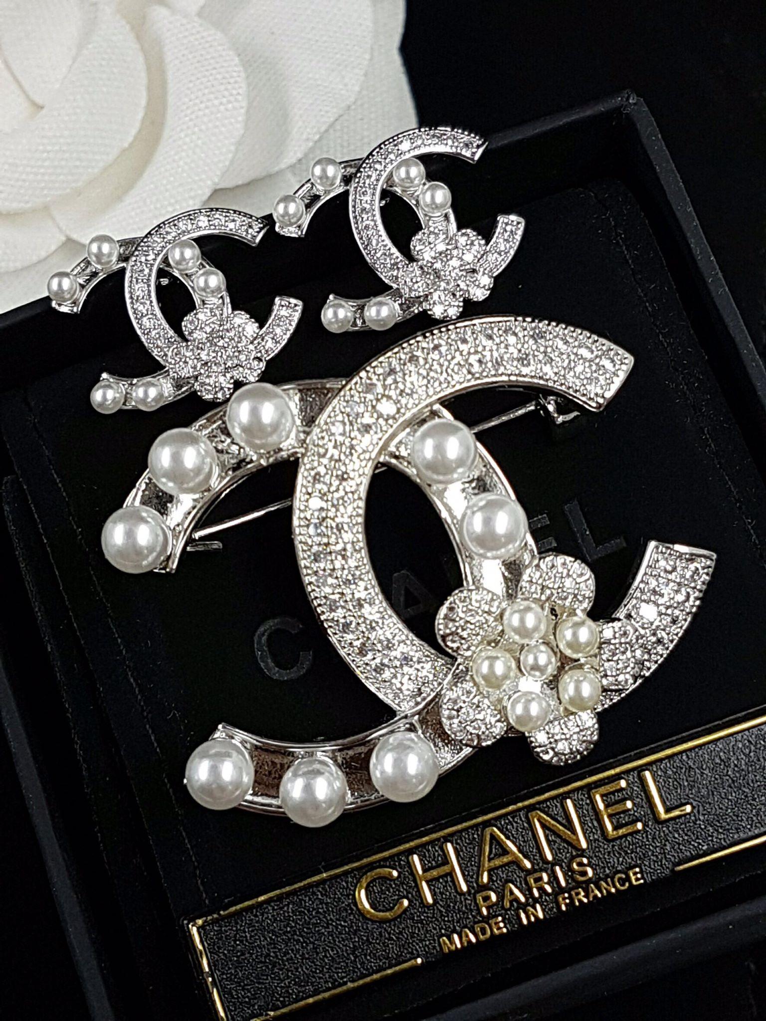 พร้อมส่ง flower Chanel Brooch& Earring เข็มกลัด/ต่างหู