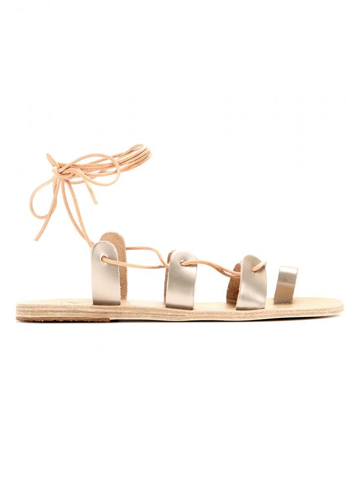 รองเท้าส้นแบน สีทองเมทัลลิคจาก Shuberry