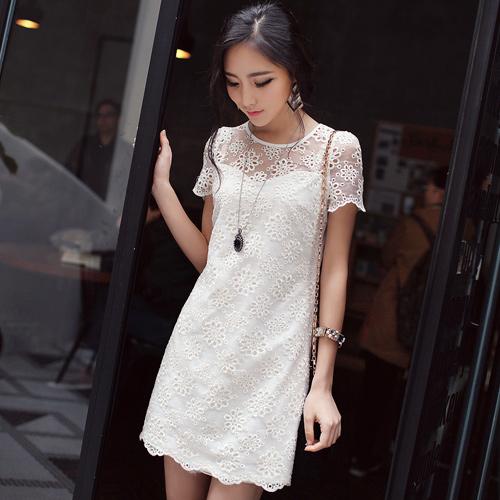 DRESS ชุดเดรสแฟชั่นผ้าลูกไม้ ใส่ออกงาน งานแต่งงาน แขนสั้น คอกลม สีขาวครีม น่ารัก ใส่ทำงาน สวยๆ ASIA STREET FASHION