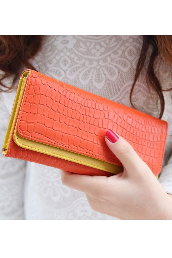 กระเป๋าสตางค์แฟชั่น พร้อมส่ง ด้านนอกสีส้ม ด้านในสีเหลือง ใบยาว DESIGN สุดเก๋ ลายหนังงู สวยหรู