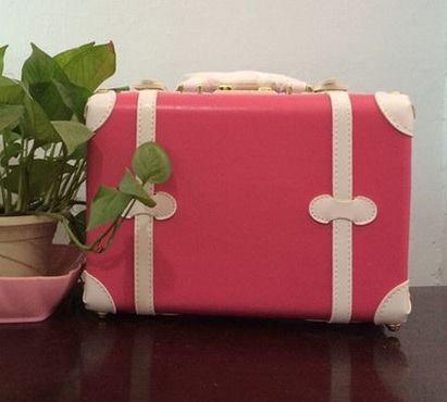 กระเป๋าเดินทางวินเทจ รุ่น spring colorful ชมพูเข้มคาดขาว ขนาด 12 นิ้ว