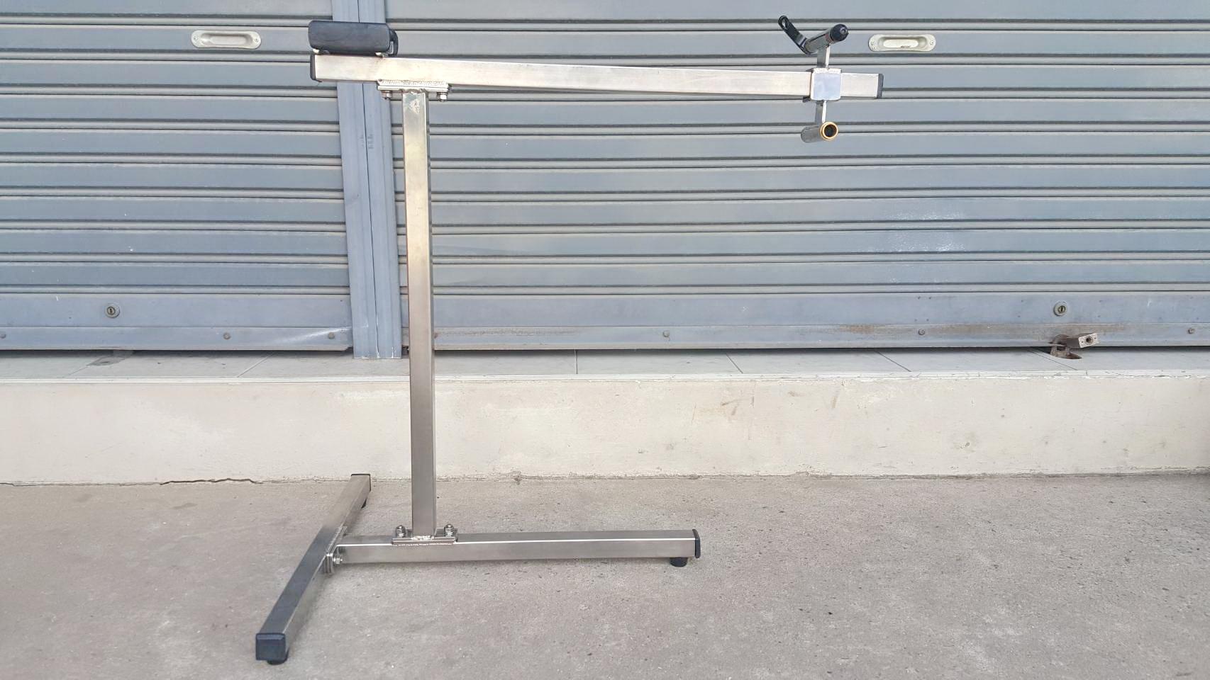 แท่นซ่อมจักรยาน งาน DIY วัสดุแสตนเลส ไร้สนิม น้ำหนักเบา มั่นคง แข็งแรง ที่ร้านใช้รุ่นนี้