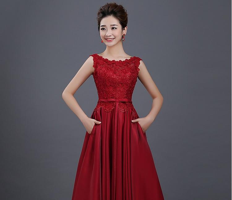 ชุดไปงานแต่งงาน ชุดออกงานสวยหรูสีแดงระกำ ผ้าลูกไม้+ผ้าไหมอิตาลี แขนกุด