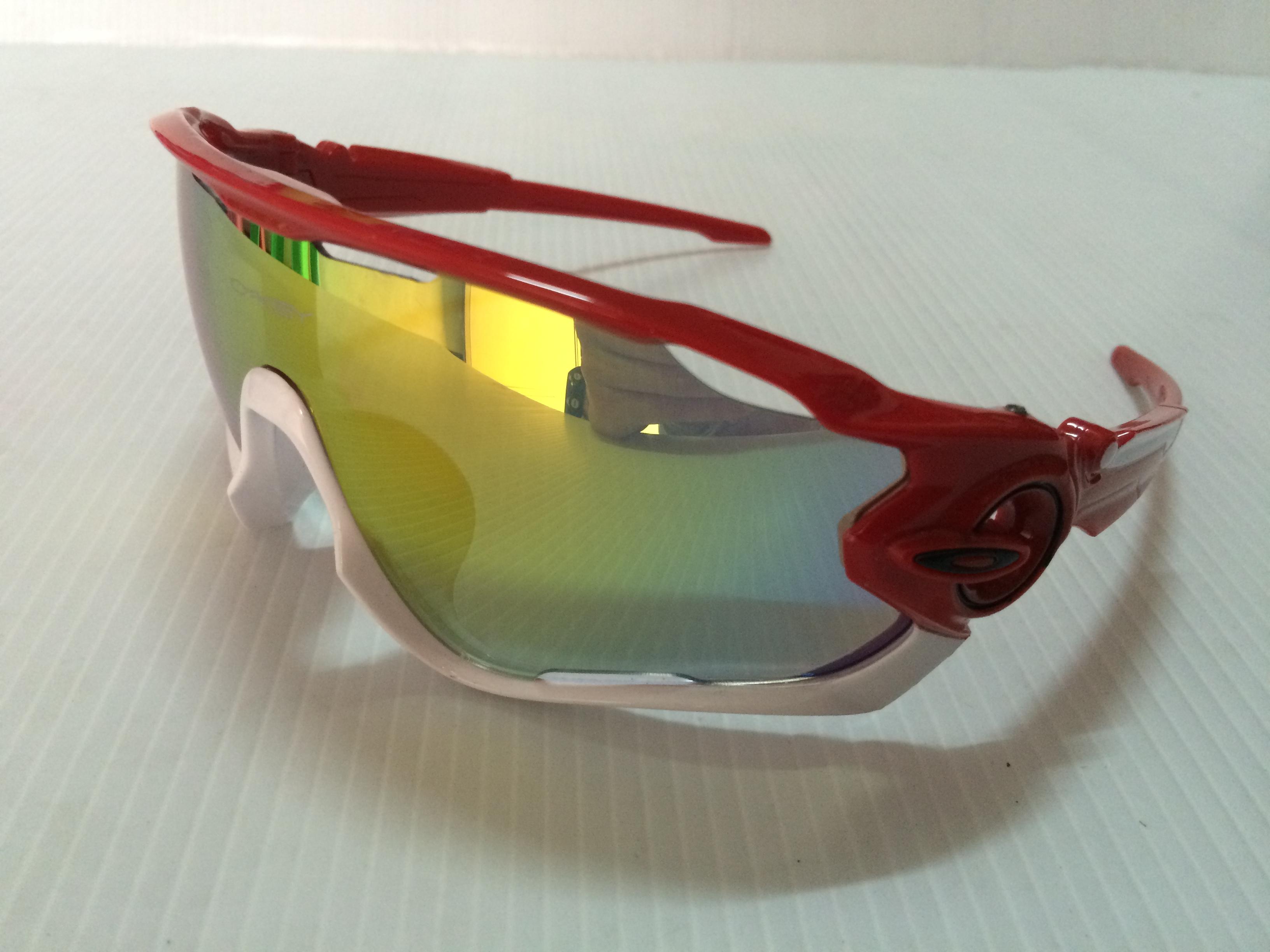 แว่นตา OAKLEY JAWBREAKER สีแดงขาว เลนส์สว่าง