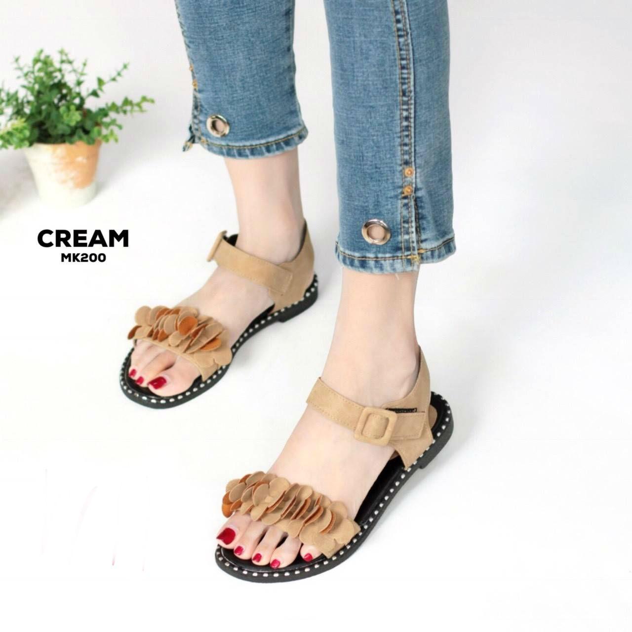 รองเท้าแตะแฟชั่น แบบสวม รัดส้น แต่งดอกไม้สวยหวานน่ารักสไตล์เกาหลี หนังนิ่ม ทรงสวย ใส่สบาย แมทสวยได้ทุกชุด (MK200)