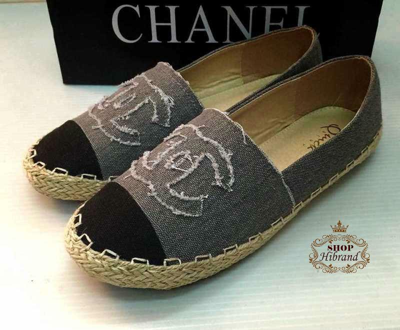 รองเท้าผ้าใบแฟชั่น Chanel สุดชิค แต่งโลโก้ CC พื้นตัดขอบเชือกถัก หนังนิ่ม พื้นบุนุ่ม สวมใส่สบาย