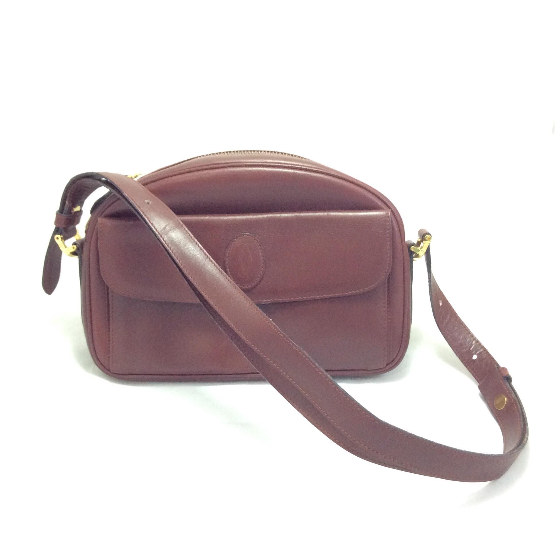 [SOLDOUT]กระเป๋า Cartier ทรงโดม สีแดงสุดคลาสสิก คาร์เทียร์รุ่นวินเทจ หายากแล้วค่ะ