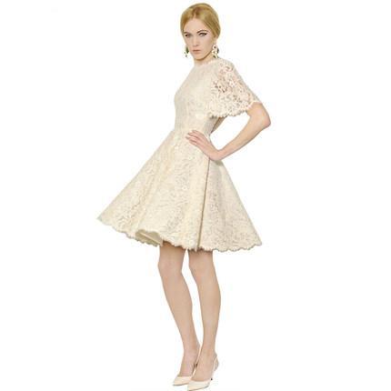 **พรีออเดอร์** ชุดเดรสผู้หญิงแฟชั่นยุโรปใหม่ แขนสั้น ปักลูกไม้ แบบหวาน / **Preorder** New European Fashion Slim Luxurious Lace Stitching Short-Sleeved Dress