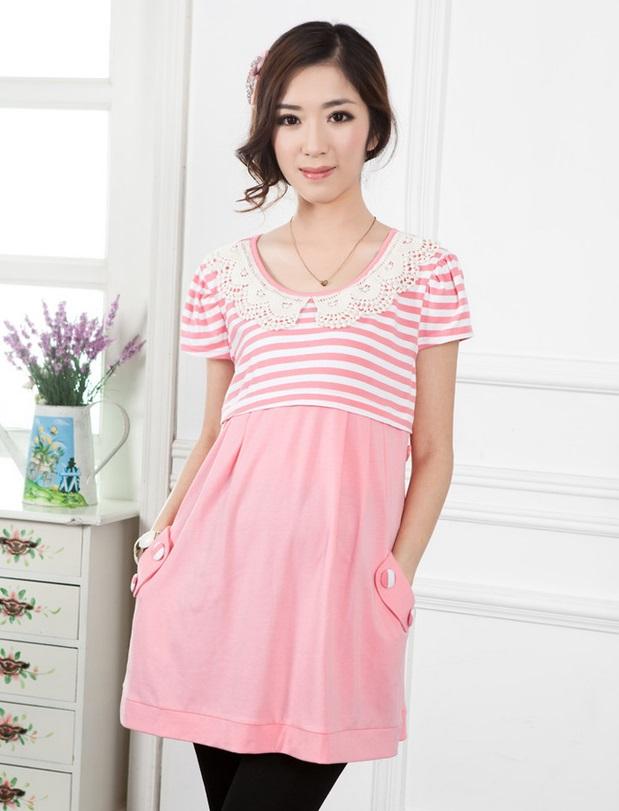 เสื้อคลุมท้องผ้ายืด มีซิปเปิดให้นมได้ สีชมพู แต่งปกลูกไม้สีขาว