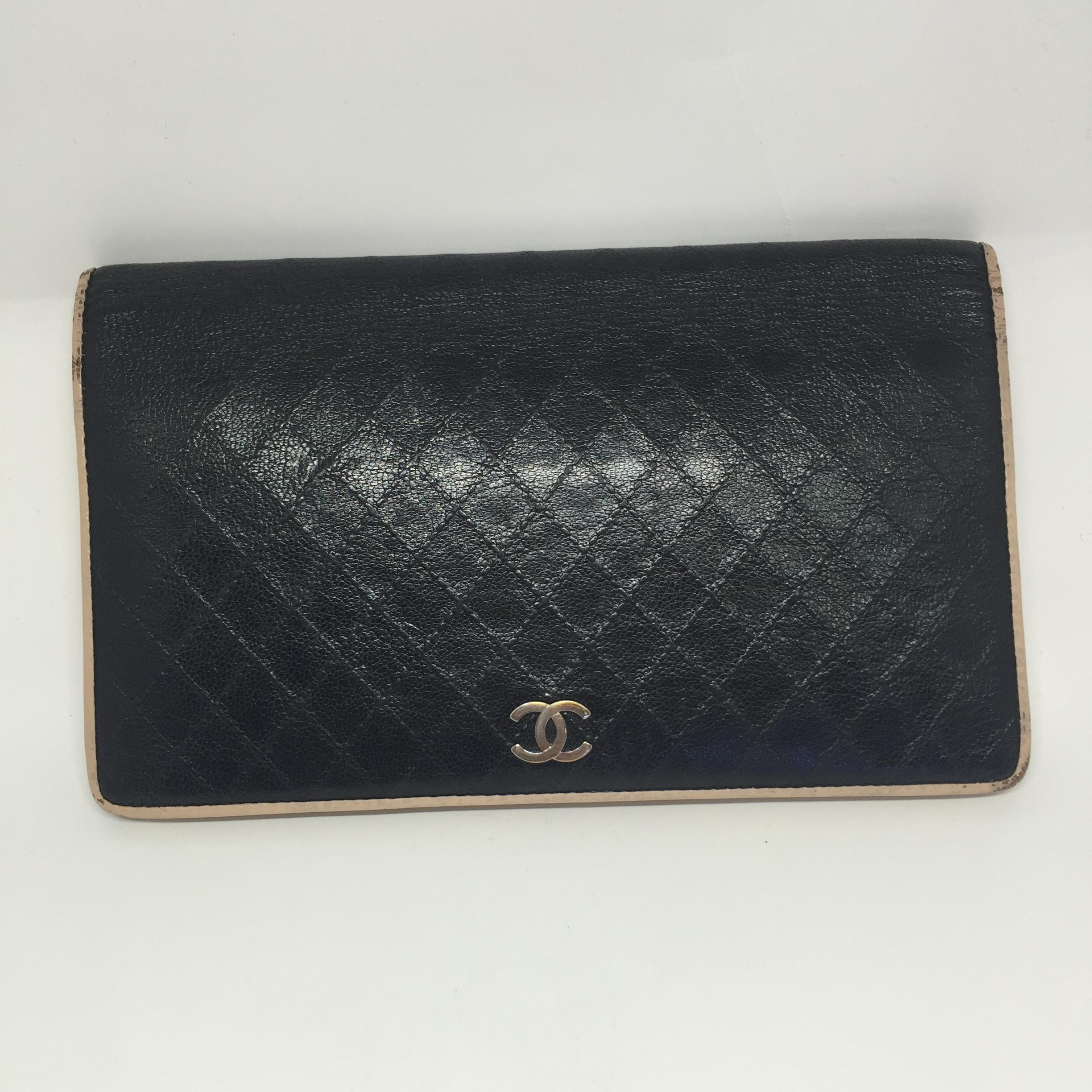 (SOLDOUT)Chanel Bifold quilted long wallet black