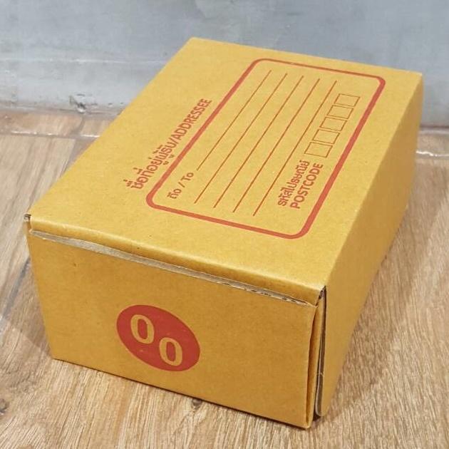 กล่องไปรษณีย์ ไดคัท สีน้ำตาล เบอร์ 00 ขนาด 9.75 X 14 X 6 cm. ใบละ 2.4 บาท