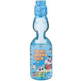 พร้อมส่ง ** Shinchan Ramune น้ำซ่าขวดแก้ว รูปชินจัง เปิดแล้วมีลูกแก้วกรุ้งกริ้งในขวด