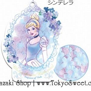 พร้อมส่ง ** Disney Princess Bloom Shower Bath Petal [Cinderella - Viola] ดอกไม้หอมกลิ่นวิโอลา มาในแพคเกจรูปเจ้าหญิงซินเดอเรลล่า ใช้โปรยลงอ่างอาบน้ำเพื่อทำให้น้ำมีกลิ่นหอมอโรม่าและอ่างอาบน้ำฟองฟู่