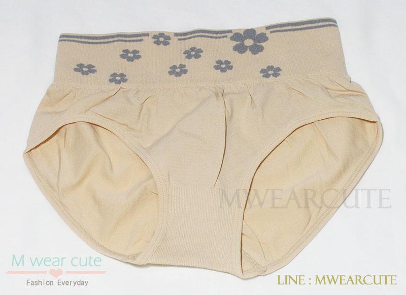 กางเกงในเอวสูง กางเกงในขอบใหญ่ ลายดอกไม้ สีเนื้อ