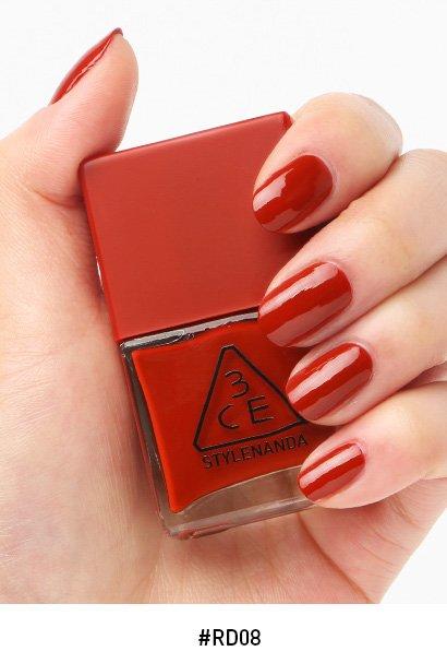 *พร้อมส่ง*3CE Red Recipe Long Lasting Nail Lacquer #RD08 ยาทาเล็บคอลเลคชั่นใหม่ล่าสุด!! ในโทนสีแดง ดูแพงสุดๆ สีแซ่บมาก สีขับผิวมือสว่างออร่าสุดๆ สวยหรูดูแพง สวยทุกสีเลยจ้า ,
