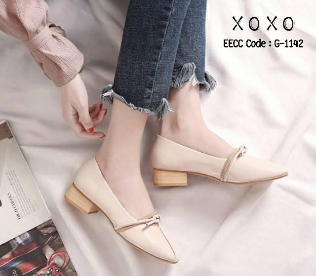 รองเท้าคัทชูส้นเตี้ยสไตล์แฟชั่นเกาหลี (สีครีม)