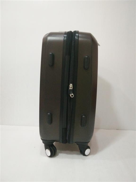 กระเป๋าเดินทาง 20 นิ้ว