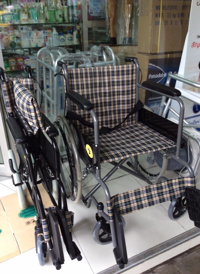 เก้าอี้รถเข็นพับได้