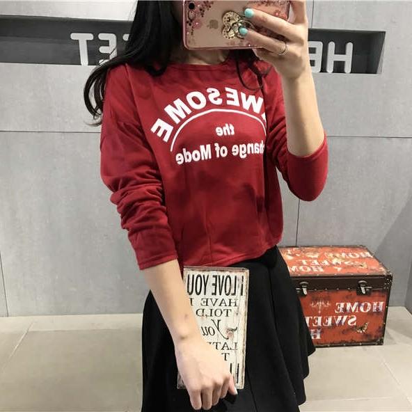 เสื้อแฟชั่น คอกลม แขนยาว เอวเข้ารูป ลาย awesome สีแดง