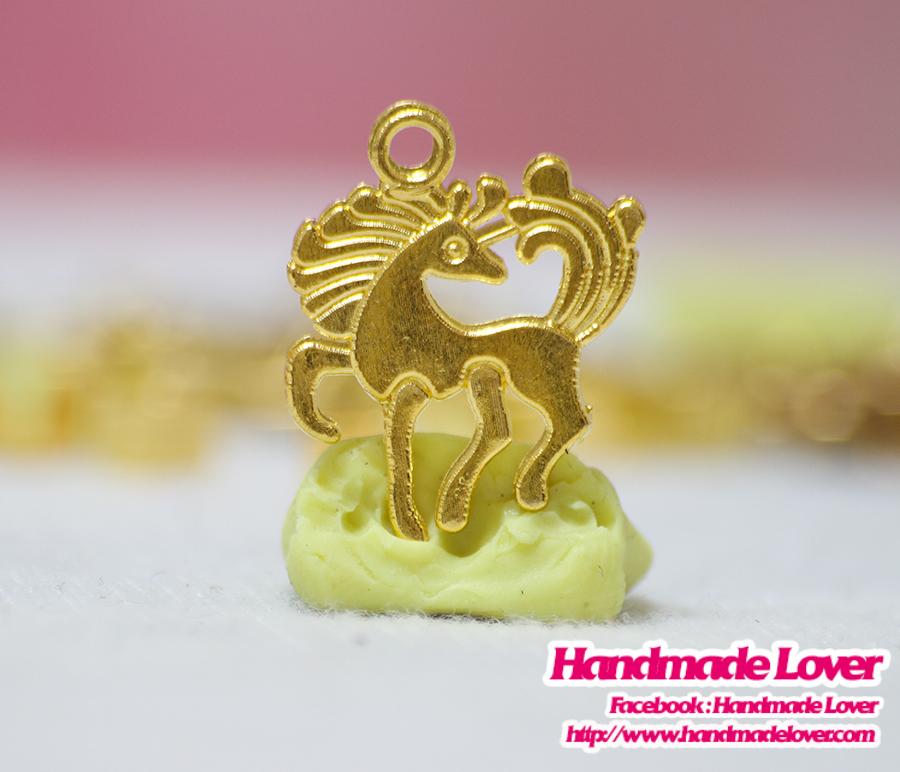 จี้โลหะ ม้า สีทอง
