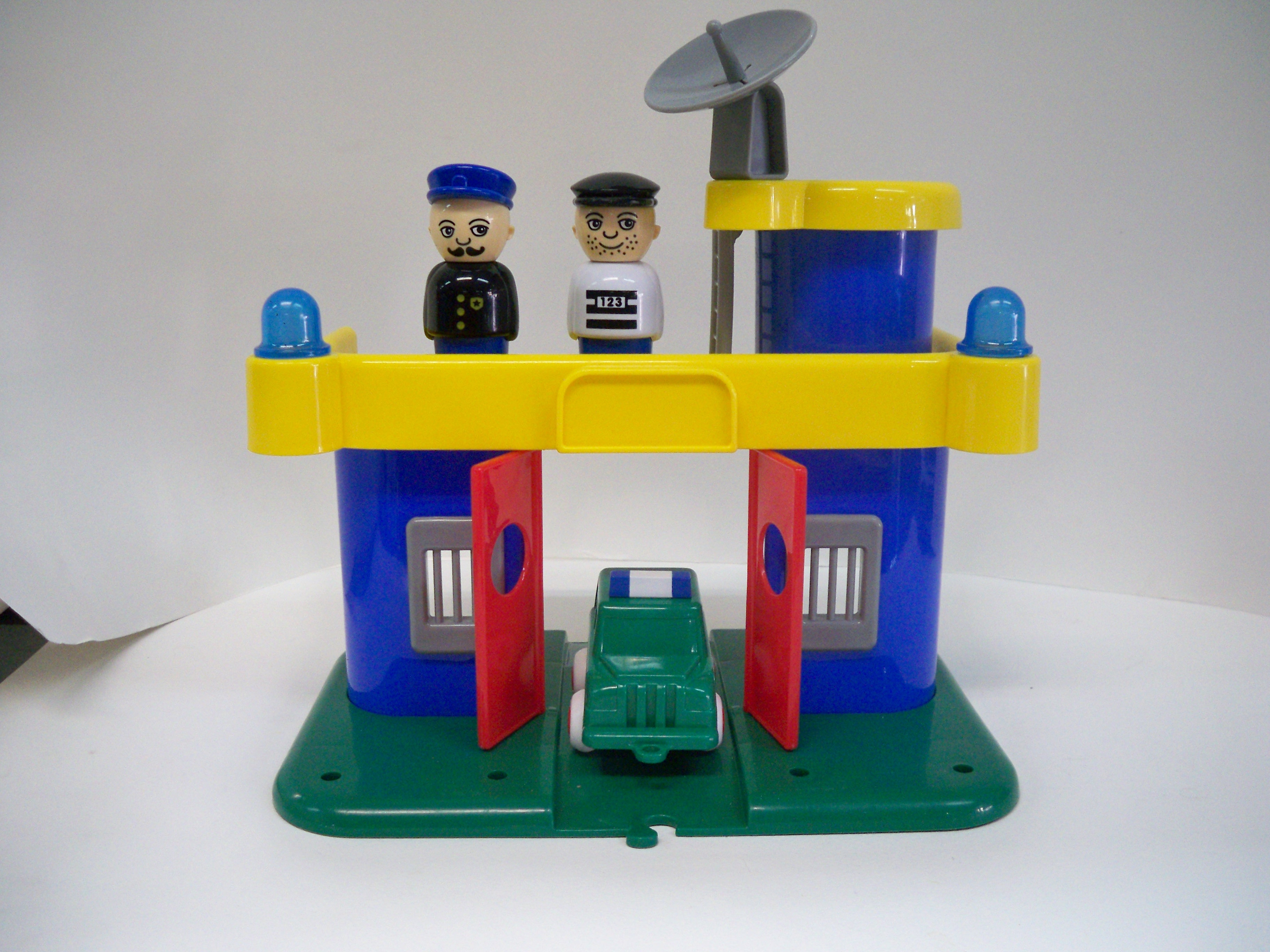 viking toys สถานีตำรวจ
