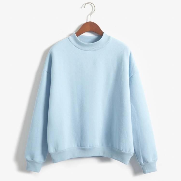 เสื้อแฟชั่น คอกลม แขนยาว บุกันหนาว สีพื้น สีฟ้า