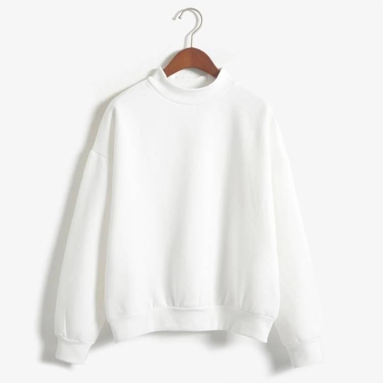 เสื้อแฟชั่น คอกลม แขนยาว บุกันหนาว สีพื้น สีขาว