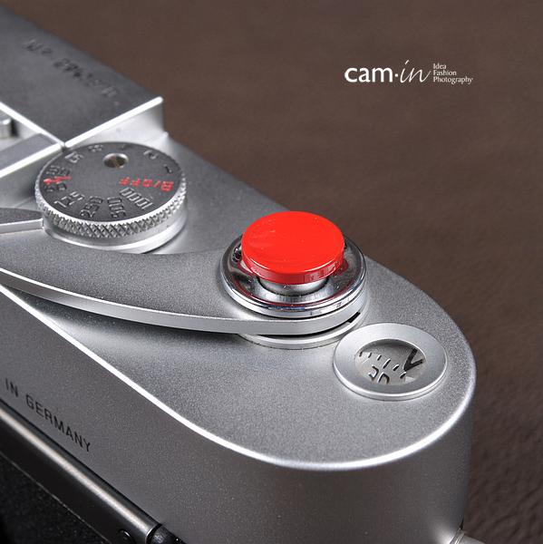 Soft Shutter Release รุ่น 11 mm ปุ่มเว้าลง สีเแดง กดง่ายสะดวก สำหรับ Fuji XT20 XT10 XT2 XE2 X20 X100 XE1 Leica ฯลฯ