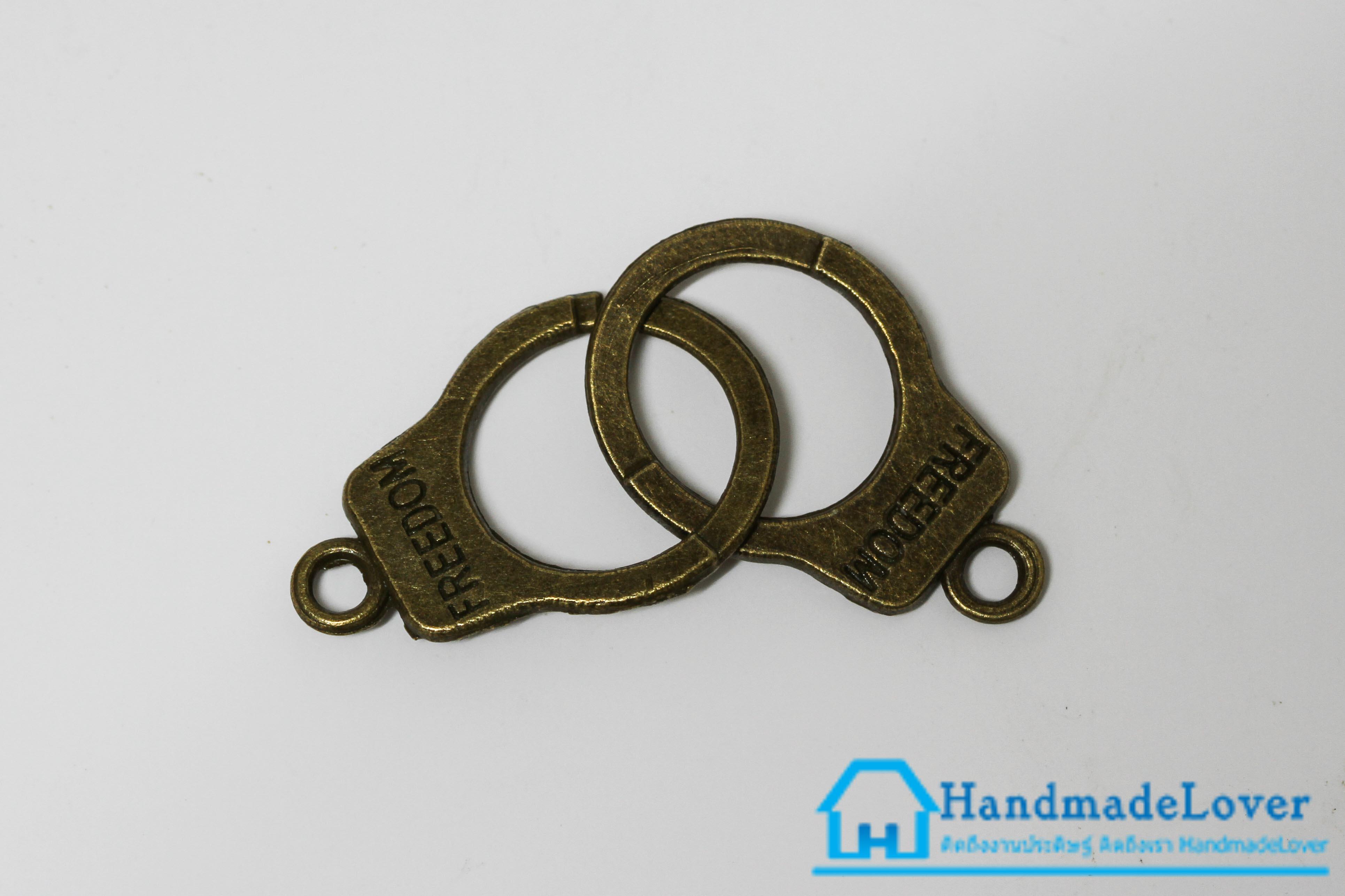 จี้โลหะ วินเทจ สีทองรมดำ รูปกุญแจมือ