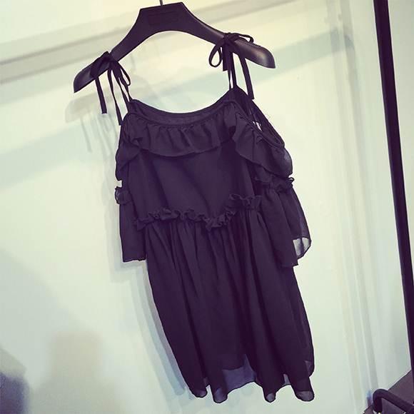 (SALE) เสื้อชีฟอง ผูกไหล่ สีดำ