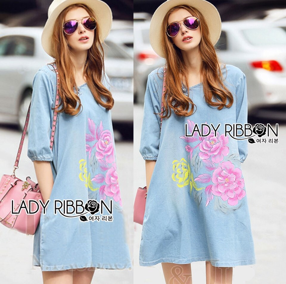Lady Ribbon Online เสื้อผ้าออนไลน์ขายส่ง Lady Ribbon เสื้อผ้า LR01180816 &#x1F380 Lady Ribbon's Made &#x1F380 Lady Elizabeth Modern Chinese Roses Printed Denim Dress