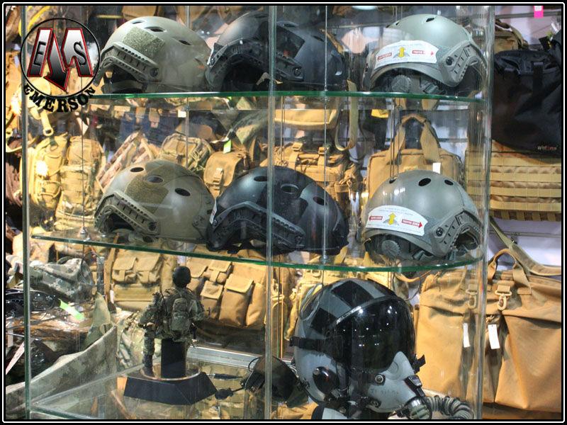 New.หมวกTactique de protection casque Base Jump casque EMERSON FAST Helmet BJ TYPE Multicam EM5659D มีอุปกรณ์แต่งหมวกแถมมา ปรับท้ายทอยได้ครับ ราคาพิเศษ